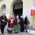 Obejrzyj galerię: Pielgrzymka po relikwie bł. ks. Jerzego Popiełuszki