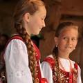 Obejrzyj galerię: XXXVII Poroniańskie Lato - konkurs na najpiękniejszy warkocz