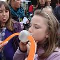 Obejrzyj galerię: X Mistrzostwa Polski w dmuchaniu balona z gumy do żucia