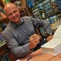 """Obejrzyj galerię: Promocja książki """"Goralenvolk. Historia zdrady"""" - księgarnia """"Poraj"""""""