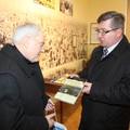 Obejrzyj galerię: Warszawscy biskupi podziwiali papieską ekspozycję