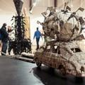 Obejrzyj galerię: W świecie instalacji i obiektów Zbigniewa Natkańca