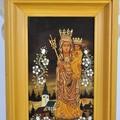 Obejrzyj galerię: Matka Boska na szkle malowana