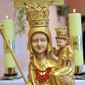 Obejrzyj galerię: Figura Matki Boskiej Ludźmierskiej w rabczańskim DPS