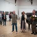 """Obejrzyj galerię: """"Nostalgia Chopina"""" - wystawa Tomasza Sikory w Miejskiej Galerii Sztuki"""