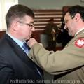 Obejrzyj galerię: Burmistrz Fryźlewicz zasłużonym dla obronności