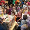 """Obejrzyj galerię: """"Idą Święta"""" czyli przygotowania w zakopiańskiej bibliotece"""