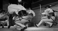 Bartusie i Zespół Giewont w tańcu zbójnickim
