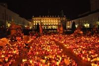 Bezpłatne wyjazdy na uroczystości pogrzebowe do Krakowa i Warszawy