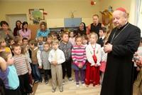 Kardynał wizytował najmłodszych nowotarżan