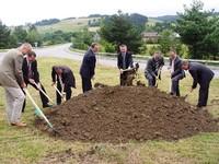 Uroczyste przekazanie placu pod przebudowę drogi powiatowej Dębno-Niedzica - Granica Państwa