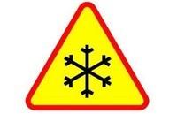 Akcja usuwania zalegającego śniegu z dróg powiatowych w Nowym Targu
