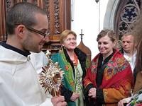 Wiktorówki otrzymały relikwie św. Jacka – założyciela Polskiej Prowincji Dominikanów