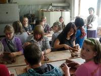 Młodzież z Rosji na plenerze malarskim w Zakopanem