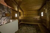 Górale do sauny wchodzą nago