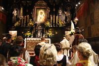 Górale na Jasnej Górze w 65. rocznicę aktu poświęcenia Niepokalanemu Sercu Maryi