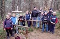 Młodzież pamięta o grobach partyzantów