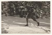 Tadeusz Kwapień podczas biegu, fot. z albumu ze zbiorów Tadeusza Kwapienia