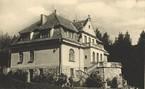 Willa Koziańskich na Kozińcu w stylu dworkowym (obecnie Galeria Sztuki na Kozińcu, filia Muzeum Tatrzańskiego), fot. Henryk Schabenbeck, 1925