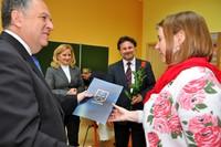 Nagrody Burmistrza dla dyrektorów i nauczycieli