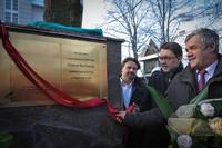 Odsłonięcie tablicy poświęconej Wisławie Szymborskiej